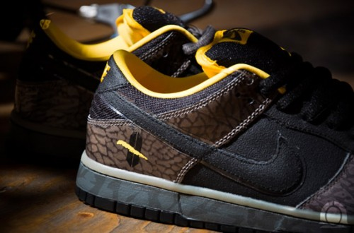 nike-sb-dunk-low-premium-yellow-curb-new-december-2010-1