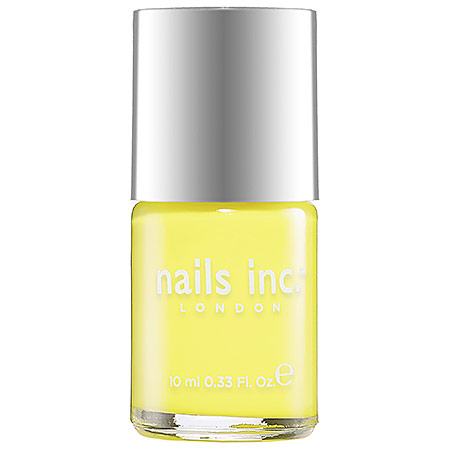 Summer-essentials-nail-polish-5