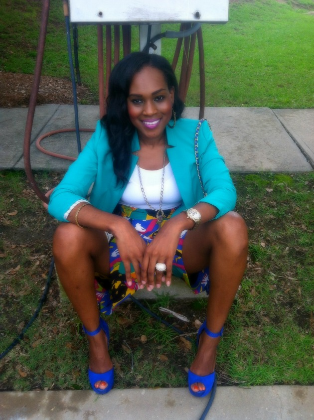 style-files-with-pretty-price-sunny-leigh-vinatge-thrifted-skort-printed-shorts-vince-camuto-blazer-bebe-suede-blue-heels-15-1