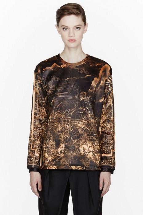 Ciara-Instagram- Balmain-Gold- Printed-Crewneck- Sweatshirt- Cesare-Paciotti- Boots-3