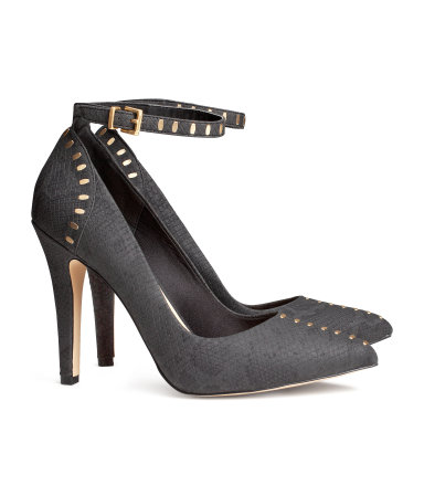 H-M-Court-shoes-with-rivets-