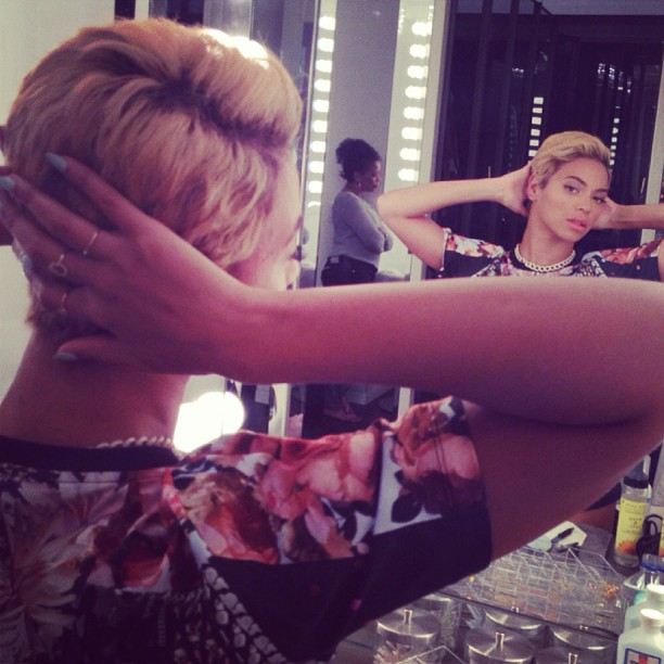 beyonce-new-short-hair-cut-beyonce-debuts-new-hair-cut-beyonce-short-hair-3