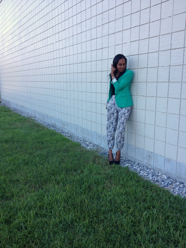green-vince-cumto-blazer-black-white-printed-harem-pants-4