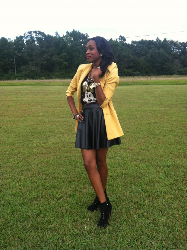 Style-Files-with- PrettyPrice-Forever-21- Faux-Leather-Skater- Skirt-Joy-Rich-Minnie- Mouse-Tee-Thrifted- Mustard-Blazer-Sam Edelman-Uma- Booties-2