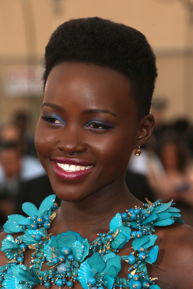2014-Screen-Actors-Guild-Awards-Lupita- Nyongo-Wins-Best- Dressed-for-2014-SAG- Awards-in-Gucci- Gown-3