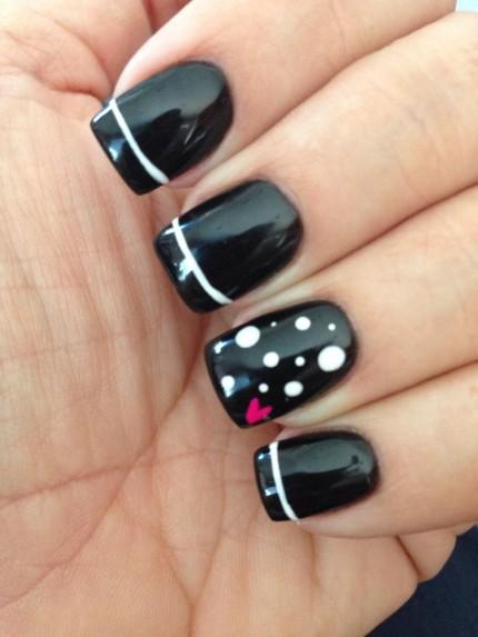 Nail-It-20-Valentines- Day-Nail-Inspiration-11