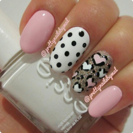 Nail-It-20-Valentines- Day-Nail-Inspiration-23