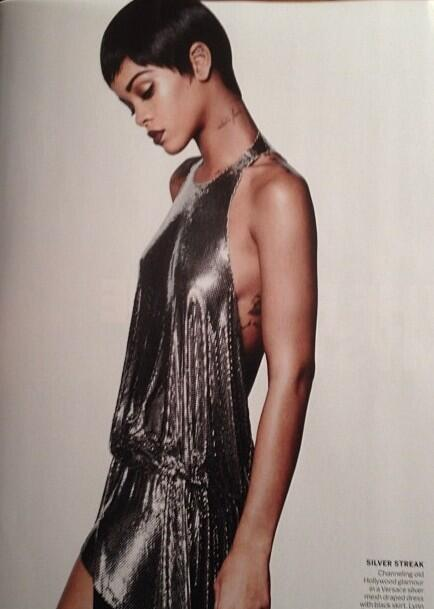 Rihanna-Poses-for- Vogue-March- 2014-2