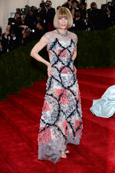 Anna-Wintour-Chanel-2014-MET-Gala-