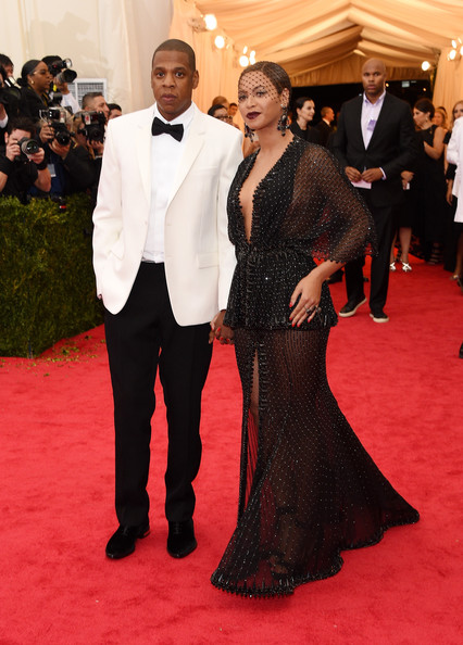 Beyonce-Knowles-Givenchy-Gown-JayZ-Givenchy-Tuxedo-2014-MET-Gala-4