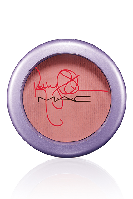 Kelly-Osbourne-Mac-Cosmetics-Cheeky Bugger-Peach-brown-blush-