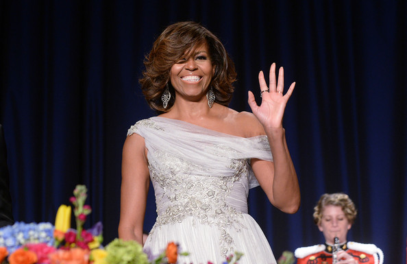 Michelle-Obama-in Marchesa-100th-Annual-White-House-Correspondents-dinner-4