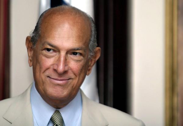 Mayor Bill de Blasio-announces-a street-named-afterr-Designerr-Oscar-de-la-renta-