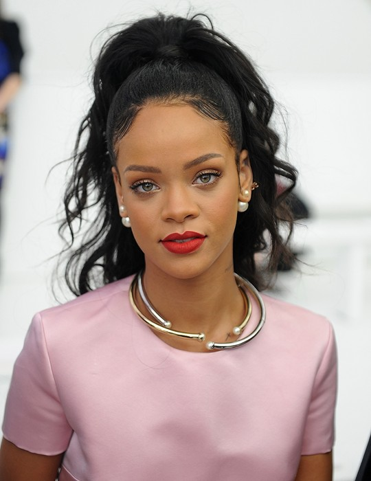 Rihanna-Becomes- First-Black-Black- Brand-Ambassador- For-Christian- Dior-2