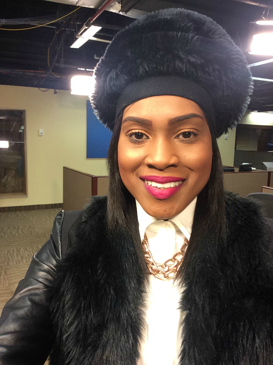 Style-files-with-pretty-price-fur-hats-how-to-stay-wam-in-the-winter-5
