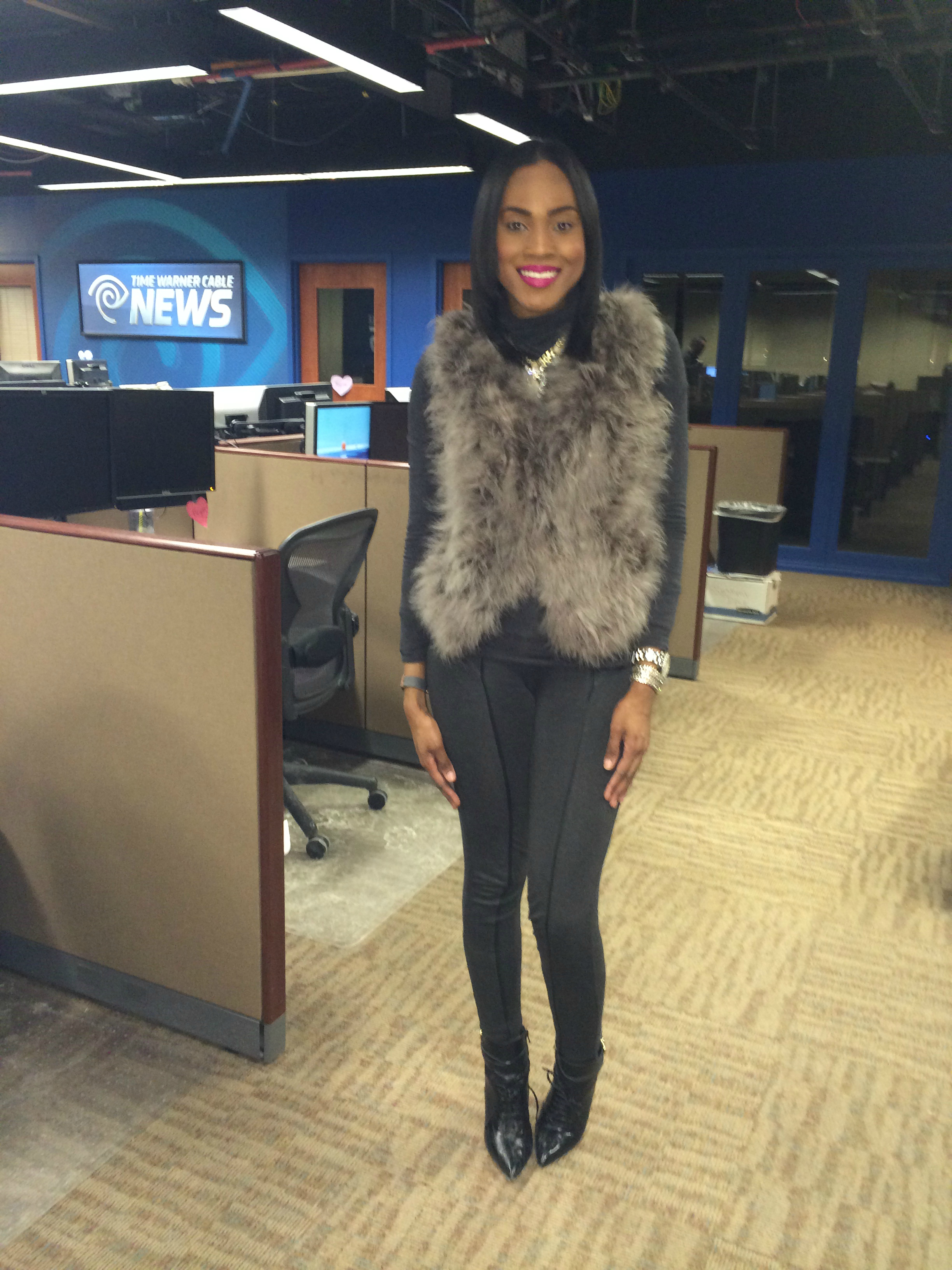target-xhilaration-grey pants-heather-grey-hm-turtleneck-forever21-faux-fur-vest-2