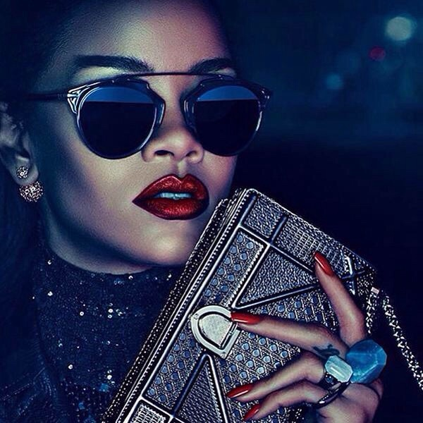 Rihanna-Dior-Secret Garden campaign-Rihanna-first-black-to-front-dior-campaign-4