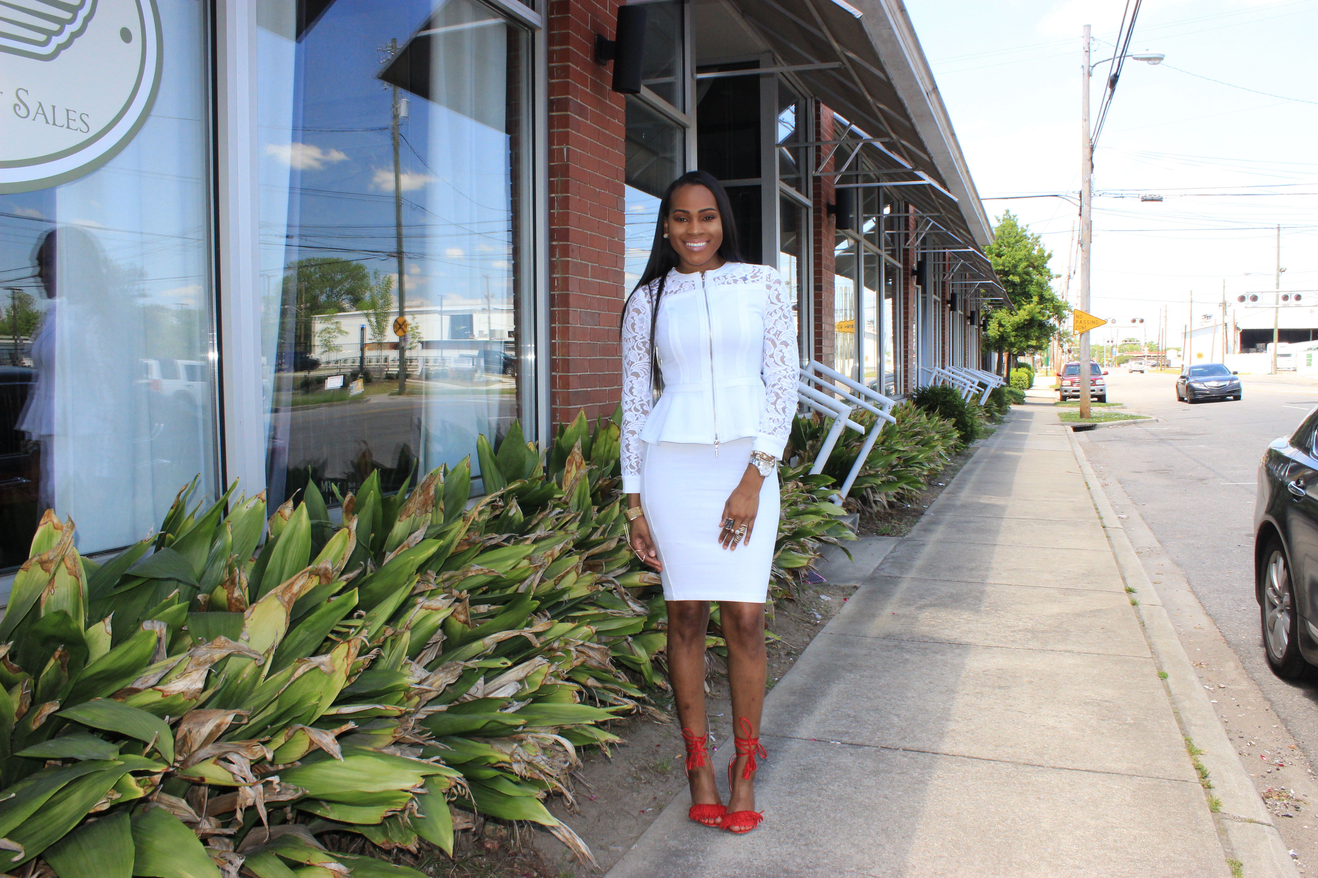 Style-Files-jcpenney-White-Bisou Bisou-Lace- Illusion Jacket-Forever21-Not-So-basic-white-Pencil-skirt-JustFab-red-Tayrey-fringe-sandals-how-to-wear-all-white-all-white-fashion-styles-oohlalablog-4
