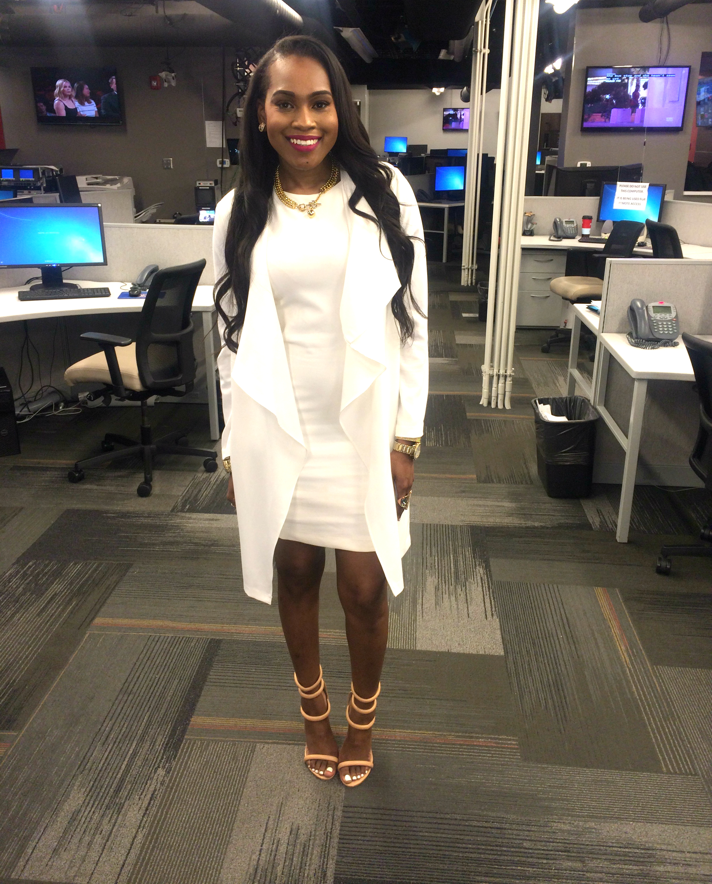 Style-Files-What-to-wear-to-work-white-sheath-dress-white-forever-21-drape-jacket-nasty-gal-on-a-level-nude-sandals-oohlalablog-3