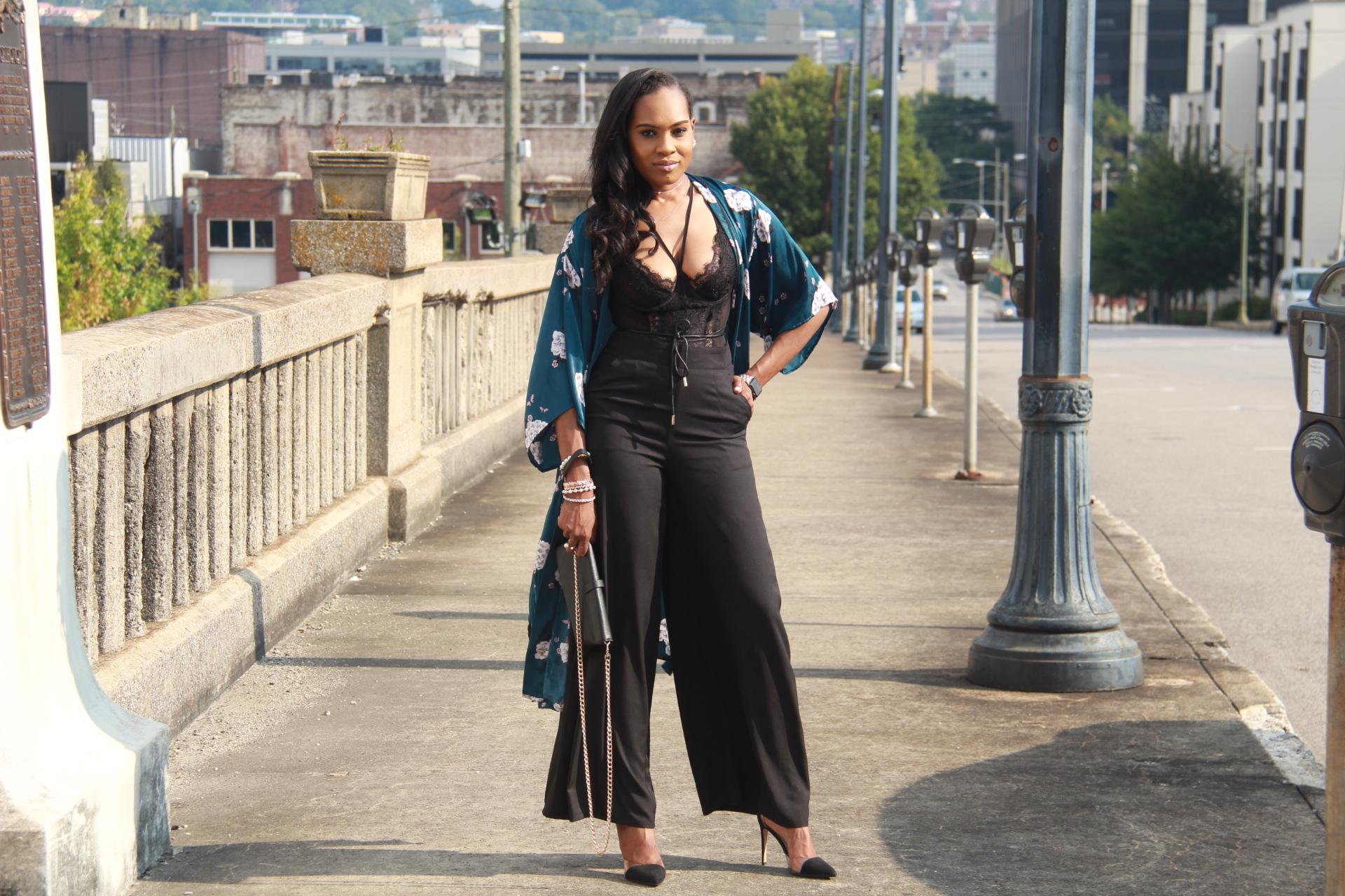 Style-files-Monteau-Green-floral-kimono-Boohoo-Wideleg-pants-zara-pvc-clear-black-pumps-forever21-lace-corset-bodysuit-ooohlalablog-