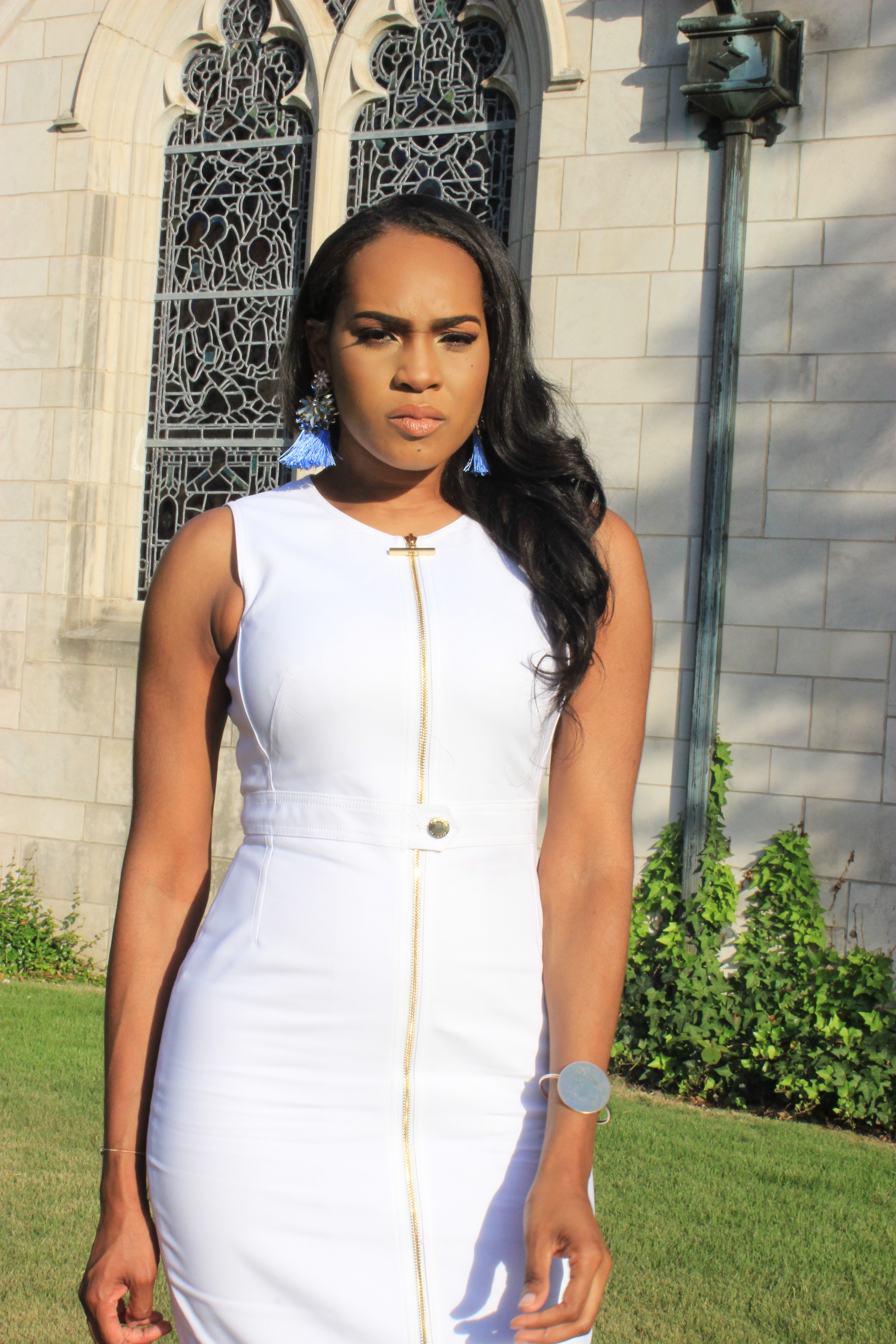 Style-Files-White-Sheath-Calvin-Klein-Dress-with-front-exposed-gold-zipper-sky-blue-fringe-earrings-truffle-collection-barely-there-heel-sandal-rose-gold-how-to-wear-white-to-work-birmingham-top-blogger-oohlalablog-